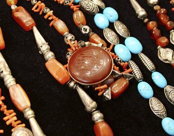 Ювелирные изделия и украшения Узбекистана — фото 1