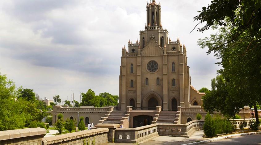 Собор Святейшего Сердца Иисуса (Костёл) — фото 1