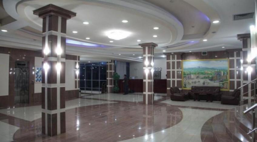 MERIDIAN HOTEL — photo 8