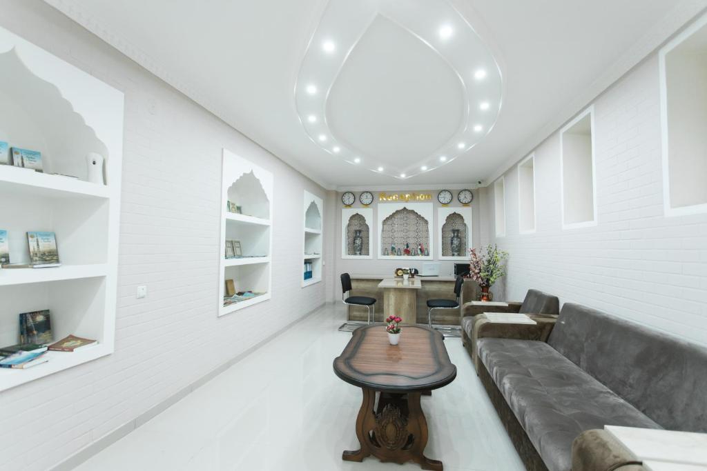 ADRAS HOUSE — photo 10