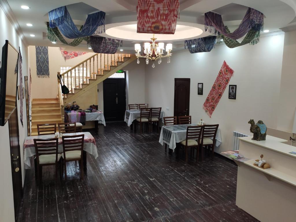 CARAVAN HOTEL — photo 2