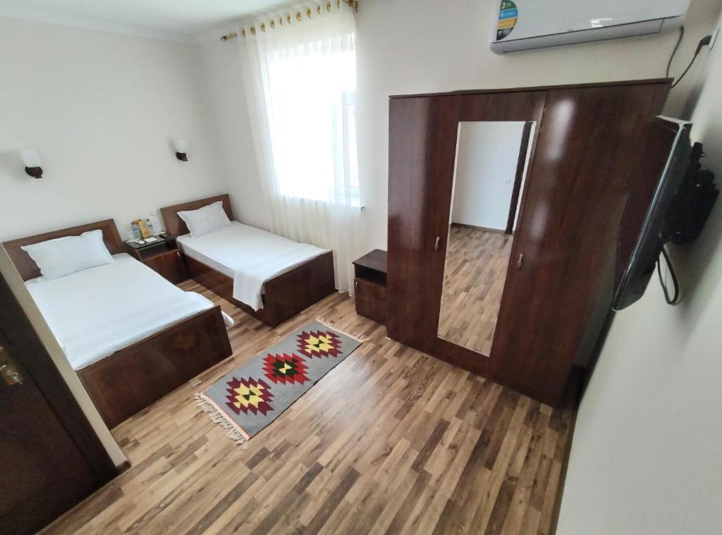 CARAVAN HOTEL — photo 4