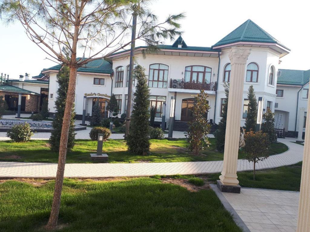 EMIR'S GARDEN HOTEL — photo 1
