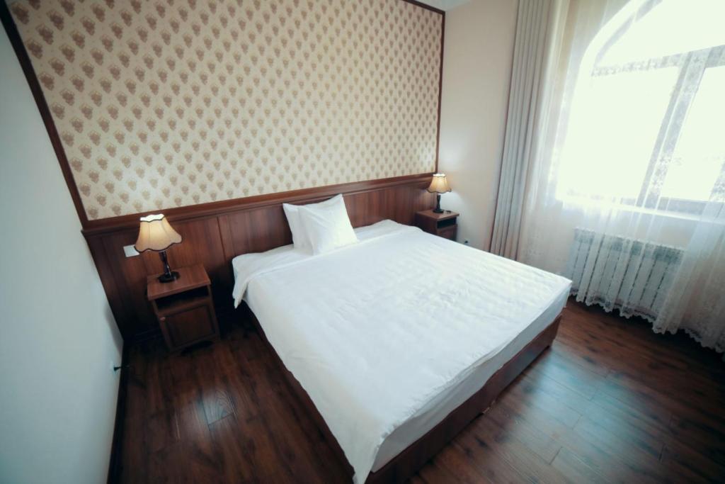 ERKIN PALACE HOTEL — photo 6