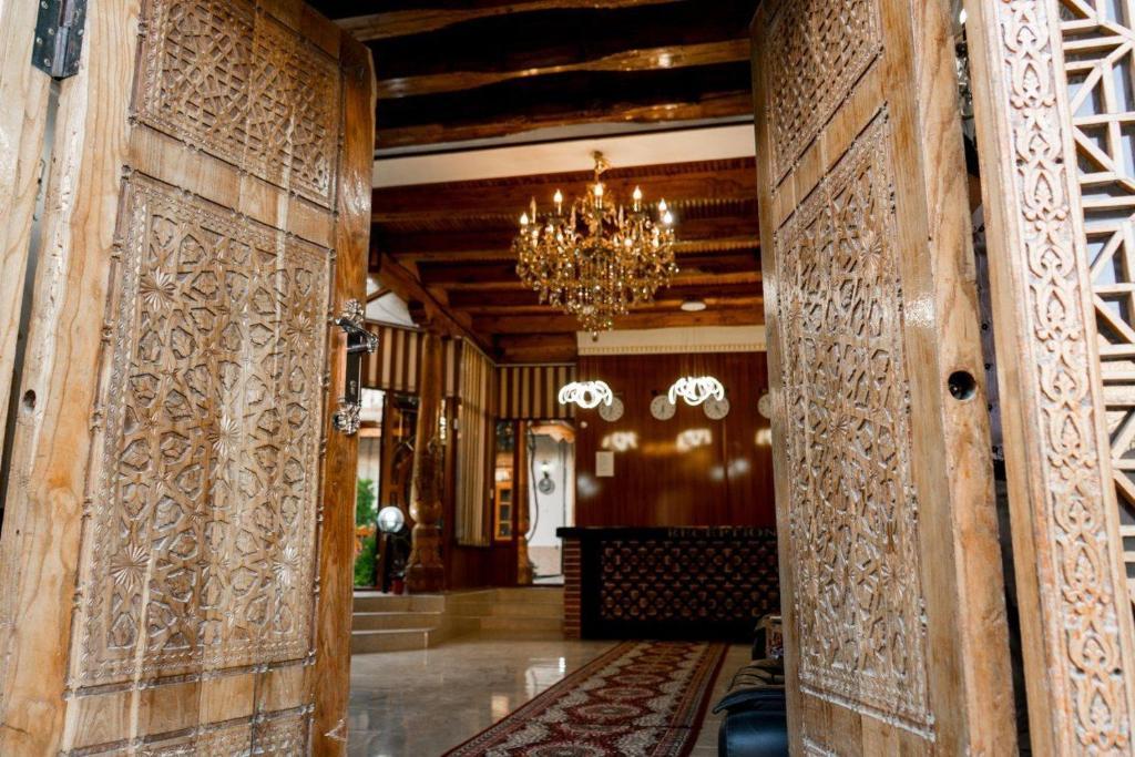 GRAND NODIRBEK HOTEL — photo 2