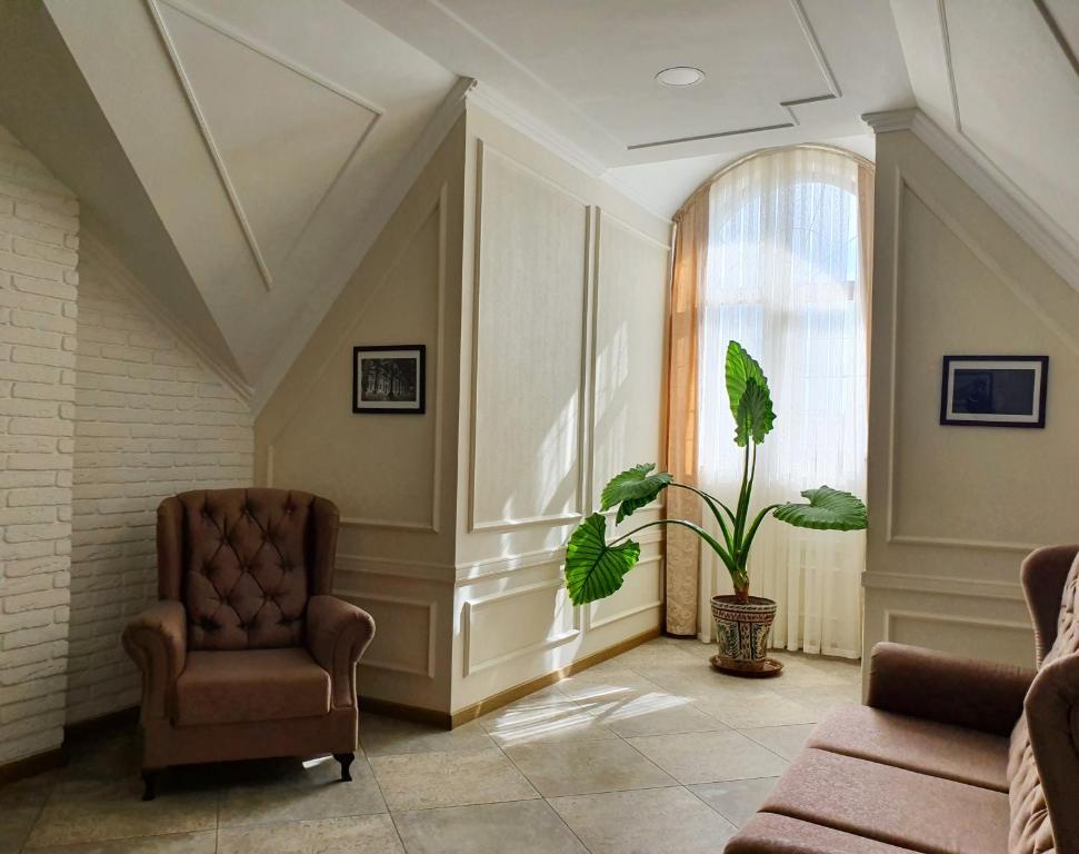 SILK ROAD HOTEL — photo 11