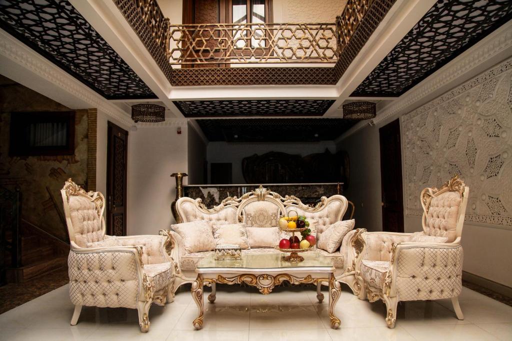 SUZAGARON HOTEL — photo 4
