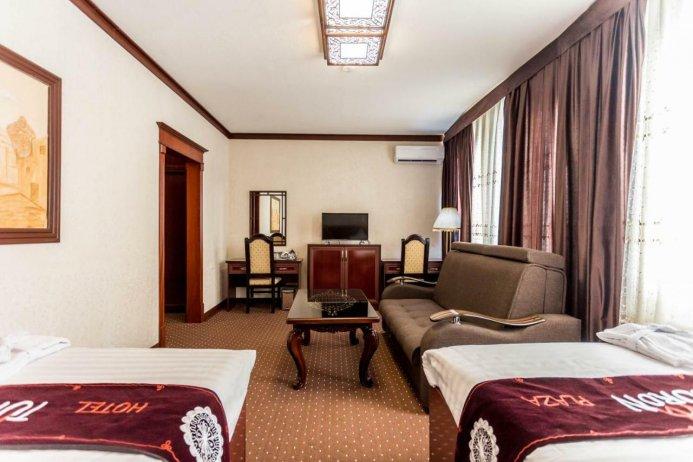 TURON PLAZA HOTEL — photo 3