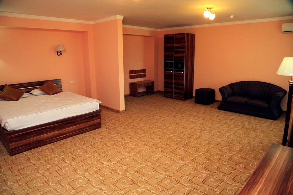 ZIYORAT HOTEL — photo 2